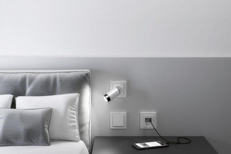 gira-plug-light